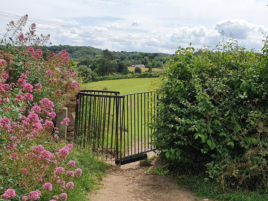 Kissing gate onto footpath